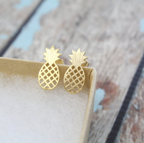 Pineapple earrings: ananas oorbelletjes