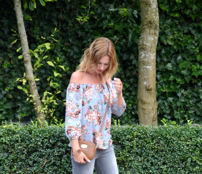 outfit-jbc-off-the-shoulder